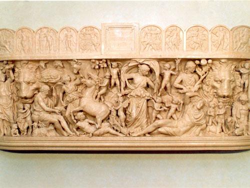 горельеф, скульптурная группа, лепной декор, декоративные элементы